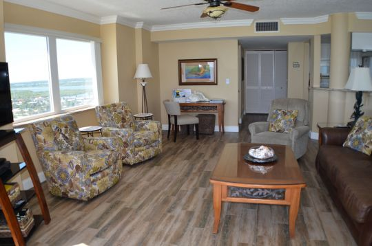 Amenities Of Daytona Beach Vacation Rental Condo With 3